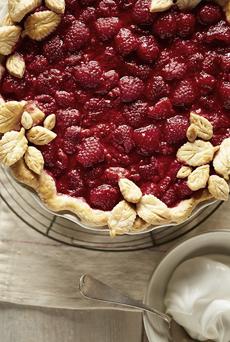 raspberry-pie-flower-crust-driscolls-230