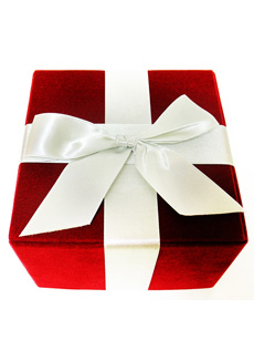 red-gift-box-230