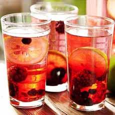 Iced Tea With Fruit