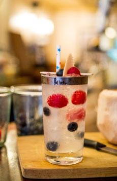 red-white-blue-berries-herradura-230