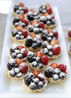 red-white-blue-tartlet-shukran.deliverys-chandon-230