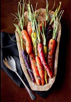 roasted-whole-rainbow-carrots-ohmyveggies-colorfulharvestFB-230r