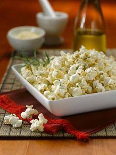 rosemary-parmigiano-popcorn-230