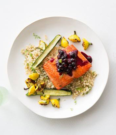 salmon-blueberry-sauce-munchery-230
