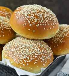Homemade Sesame Burger Buns