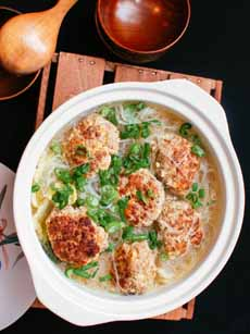 Shanghai Lion's Head Meatballs