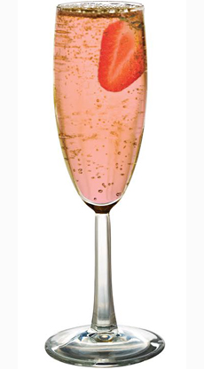 sparkling-rose-with-strawberry-martini-230