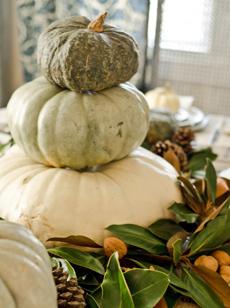 stacked-pumpkin-centerpiece-gourds-Marian-Parsons-230r