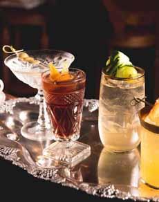 Cocktails Oscar Wilde NYC