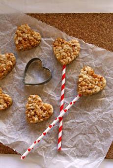 valentine-rice-krispie-treats-bellabaker-230