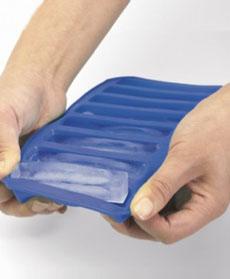 water-bottle-ice-cube-tray-progressiveIntl-230