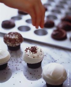 white-cupcake-230